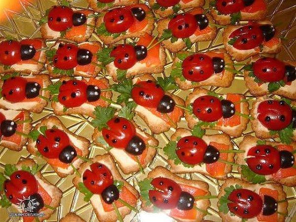 Блюдо из замороженных фаршированных перцев