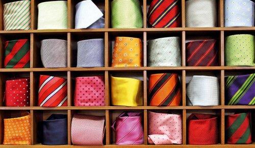 177147 способов завязывать галстук