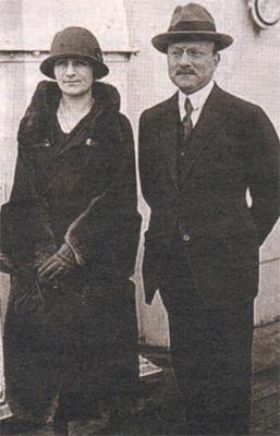 Андре Ситроен с супругуой