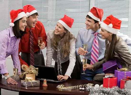 Сценарий на новый год 2015 для корпоратива с приколами