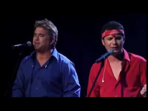 Песня Hotel California в исполнении голосом - голос гитары просто нереально крут!